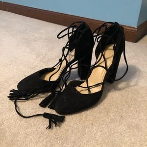 Marc Fisher black lace up heels